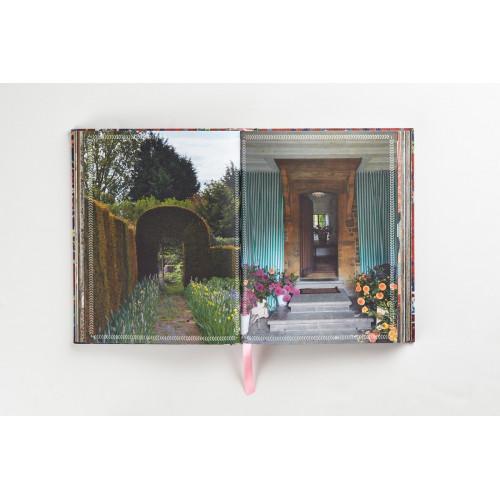 Cabana Anthology - Thames & Hudson